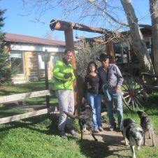 Petite papote avec les rancheurs qui nous ont accueilli pour la nuit